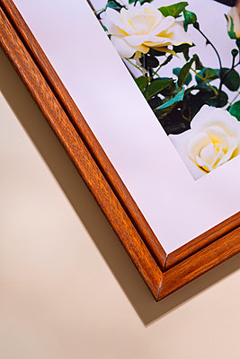 Picture frame - p1149m2280198 by Yvonne Röder