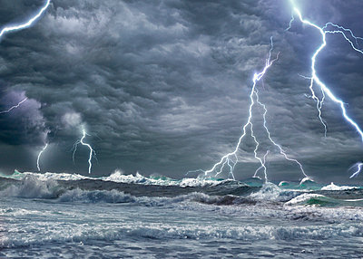 Himmel und Blitze - p9792411 von Burkart