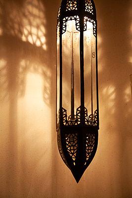 Marokkanische Lampe - p1248m2108606 von miguel sobreira