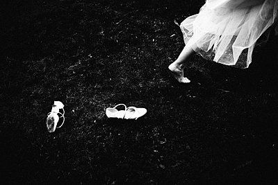 Bridal shoes on the soil - p1616m2187717 by Just - Schmidt