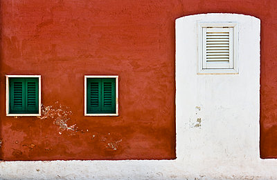 Painted Door - p1256m2098956 by Sandra Jordan