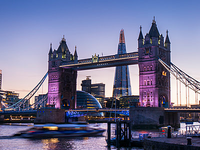 Tower Bridge, Shard and City Hall, London, England, United Kingdom, Europe - p871m1188305 by Charles Bowman