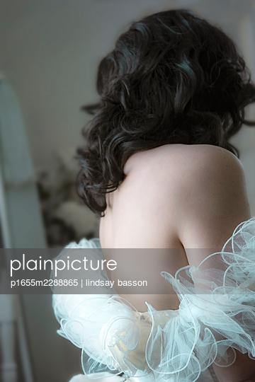 Bride - p1655m2288865 by lindsay basson