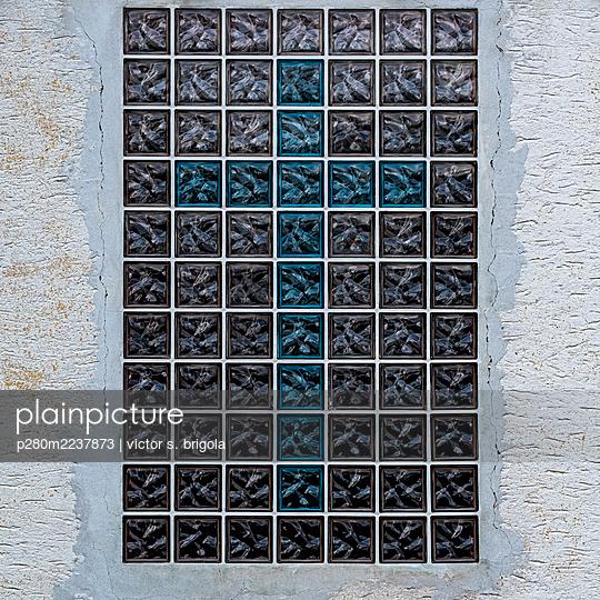 Cross on glass blocks - p280m2237873 by victor s. brigola