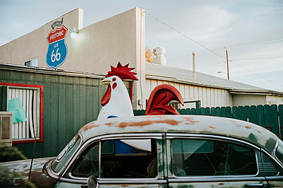 Route 66 giant deco rooster - p1085m1426006 by David Carreno Hansen
