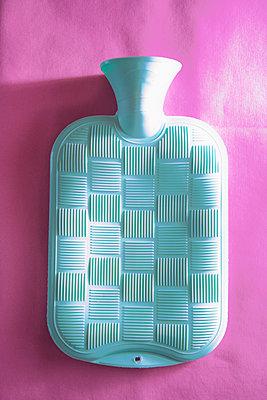 Hot-water bottle - p1149m2021162 by Yvonne Röder