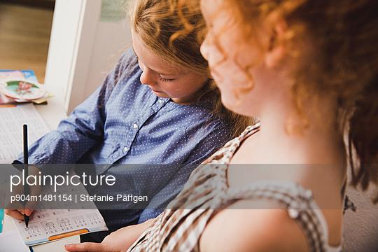 Hausaufgaben machen - p904m1481154 von Stefanie Päffgen