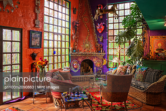 Artist's Sitting Room - p1100m2090883 by Mint Images
