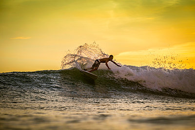 Surfer ridign the wave - p1108m1118824 by trubavin