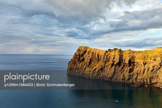 Klippe an der Atlantikküste - p1299m1584433 von Boris Schmalenberger