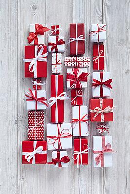 Weihnachtsgeschenke - p4642210 von Elektrons 08