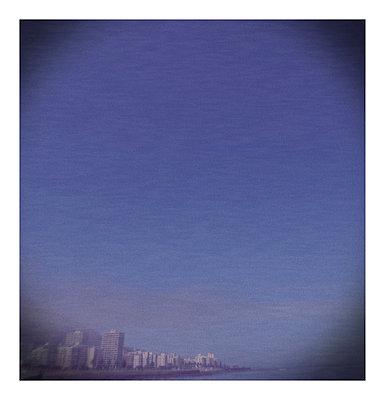 Lomo of Cape Town - p1089m855773 by Frank Swertz