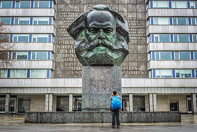 Chemnitz, Karl Marx Monument  - p1275m2116280 by cgimanufaktur