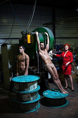 Folter - p1081m1039229 von Cédric Roulliat
