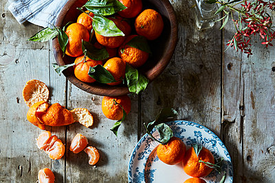 Tangerines - p1379m1525559 by James Ransom