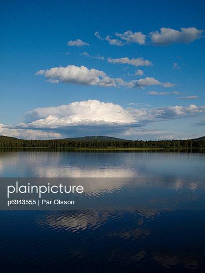 Peaceful Lake - p6943555 by Pär Olsson