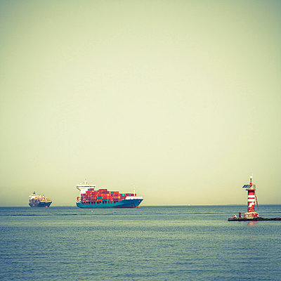 Containerships near Izmir - p1062m871814 by Viviana Falcomer