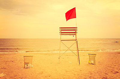 Lifeguard seat - p470m658644 by Ingrid Michel