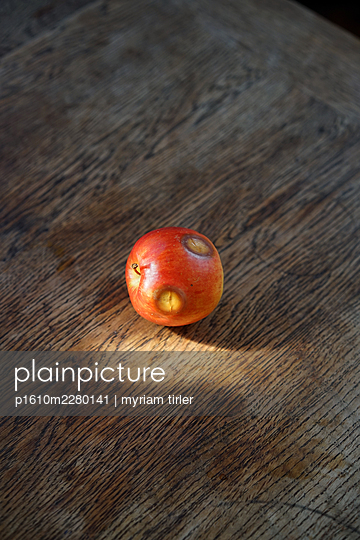 a strange apple - p1610m2280141 by myriam tirler