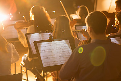 Orchestra performing - p1023m2201615 by Martin Barraud
