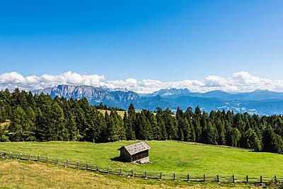 Mountain hiking - p488m1057234 by Bias