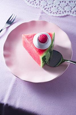 Melon pie - p1149m2089364 by Yvonne Röder