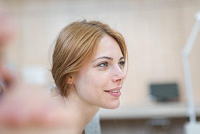 Portrait of female student - p1284m1452060 by Ritzmann