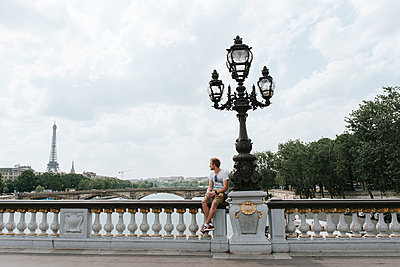 Paris Bridge - p1507m2168037 by Emma Grann