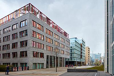 "Modern architecture in the ""HafenCity"" Hamburg - p719m1133084 by Rudi Sebastian"