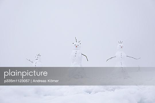 Snowman - p335m1123057 by Andreas Körner
