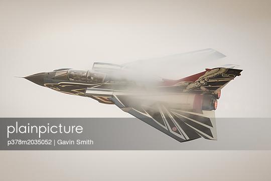 p378m2035052 von Gavin Smith