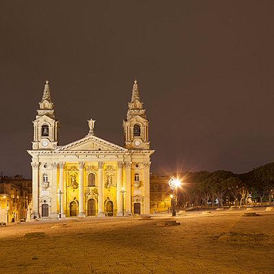 Publius Church at night in Floriana, Valletta, Malta - p429m824415 by Alex Holland