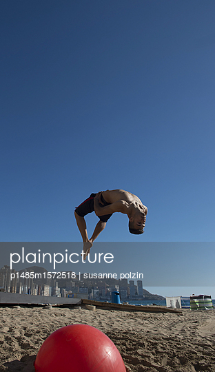Salto - p1485m1572518 von susanne polzin