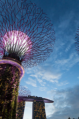Marina Bay Sands - p795m1461523 by Janklein