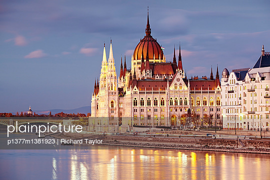 Danube river and the Parliament building - p1377m1381923 by Richard Taylor
