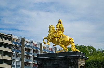 Dresden Goldener Reiter - p1199m2020641 von Claudia Jestremski