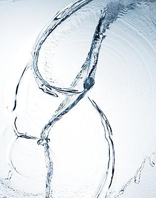 Water in motion - p851m1362571 by Lohfink