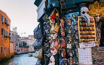 Typical Venetian masks for sale in Venice, Veneto, Italy, Europe - p871m1499906 by Alexandre Rotenberg