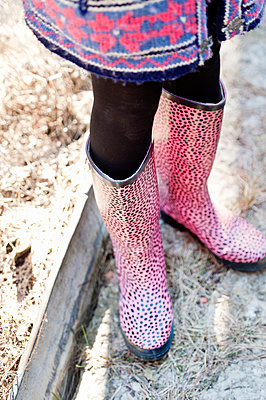 Girl wearing pink willies - p312m1229149 by Rebecca Wallin