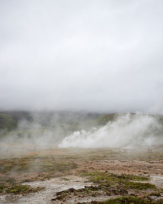 Geothermal area - p1124m1060338 by Willing-Holtz