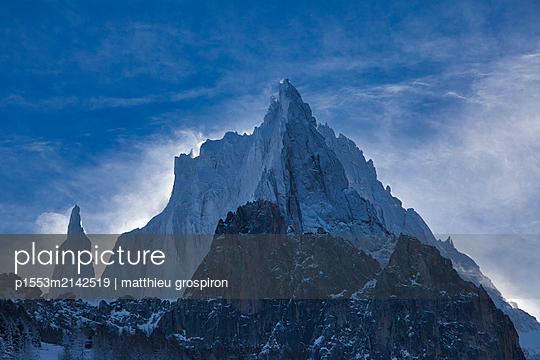 alpine - p1553m2142519 by matthieu grospiron