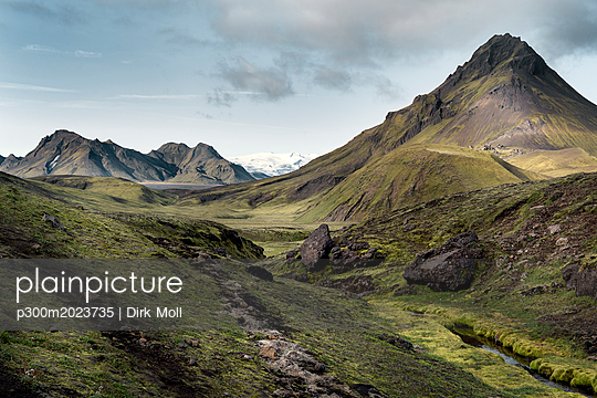 Iceland, South West, Laugavegur trail from Landmannalaugar to Porsmoerk - p300m2023735 von Dirk Moll