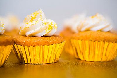 Cupcakes - p1057m934489 von Stephen Shepherd