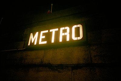 Metro - p56710646 by Gaelle Magder
