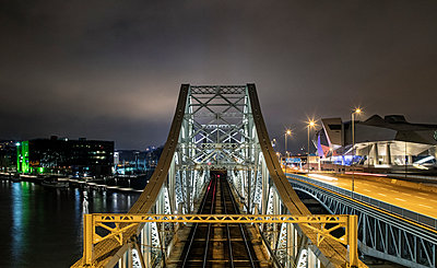 France, Lyon, Bridges - p910m2182359 by Philippe Lesprit
