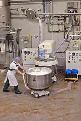 Industrial bakery - p390m881076 by Frank Herfort