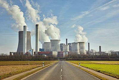Kraftwerk Niederaußem - p1294m2089617 von Sabine Bungert