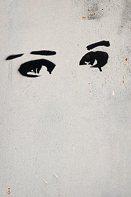 Traurige Augen - p470m1591897 von Ingrid Michel