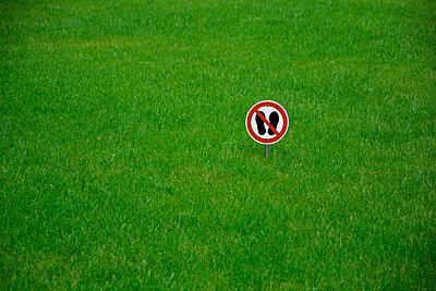 keep off the grass! - p876m2128167 by ganguin