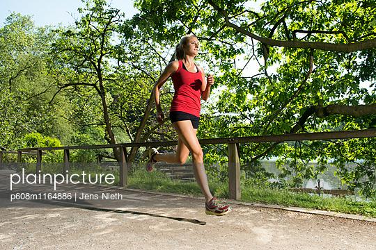 Running - p608m1164886 von Jens Nieth